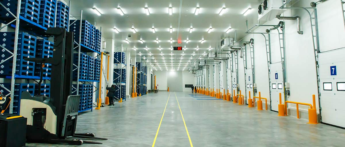 Are Wireless Sensors Better for Remote Temperature Monitoring in a Warehouse?